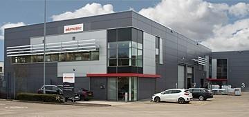 elumatec UK - Yeni tesislerine