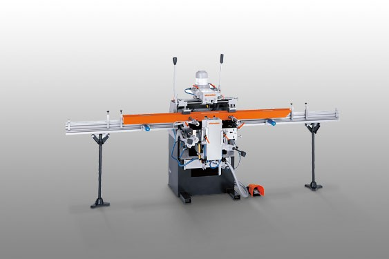KF 178/10 3-spindle copy router Elumatec