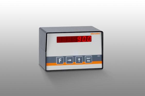 Perfiles de aluminio E 111 Ajuste manual de la longitud de corte con visualización digital  Elumatec