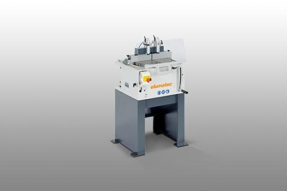 Perfis de PVC TS 161/21 Máquina de corte auxiliar  Elumatec