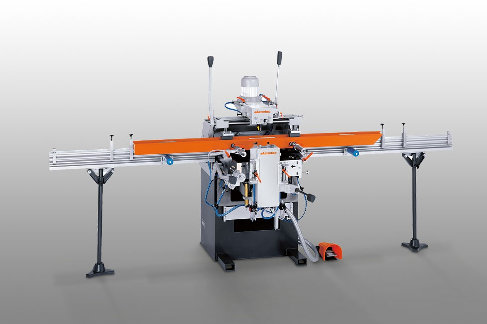 KF 178 - 3-spindle copy router Elumatec